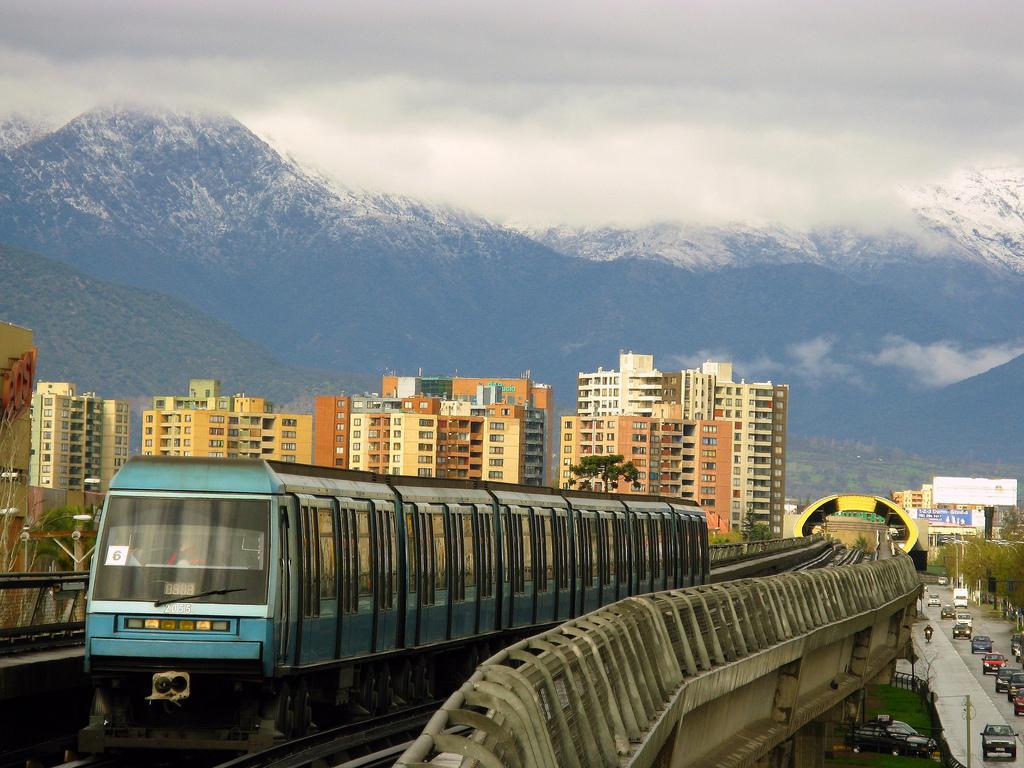 NS_93,_Metro_de_Santiago